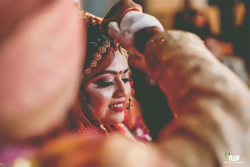 Candid Photograph of Bridal Maang Bharai Wedding Rituals